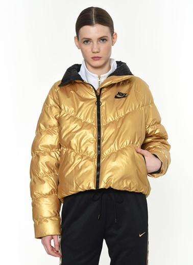 Nike Mont Altın